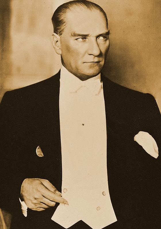 Kemal Atatürk (1881-1938)